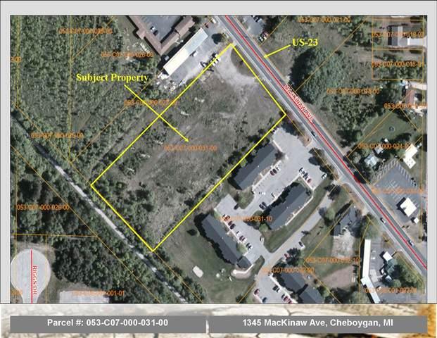 1345 Mackinaw Avenue, Cheboygan, MI 49721 (MLS #201811301) :: CENTURY 21 Northland