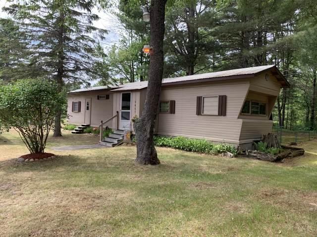5661 Tall Timber Trail Trail, Gaylord, MI 49735 (MLS #201812986) :: CENTURY 21 Northland