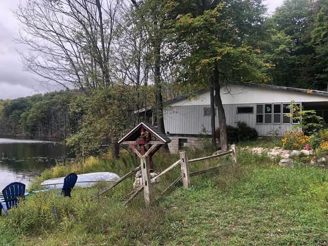 3797 Porcupine Lake Trail, Gaylord, MI 49735 (MLS #201815318) :: CENTURY 21 Northland