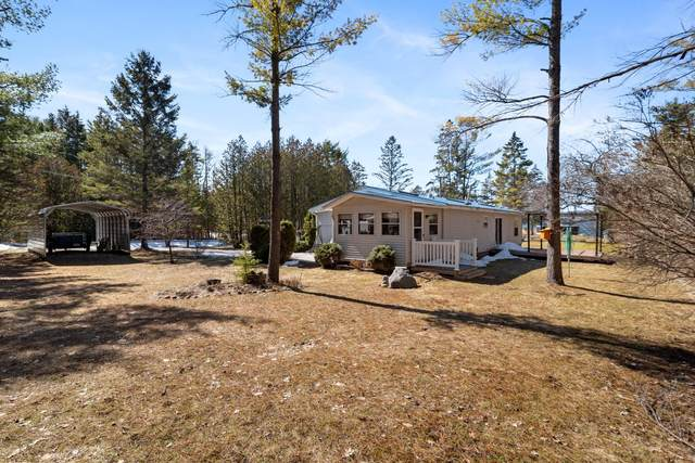 3300 Pancheck Drive, Indian River, MI 49749 (MLS #323301) :: CENTURY 21 Northland