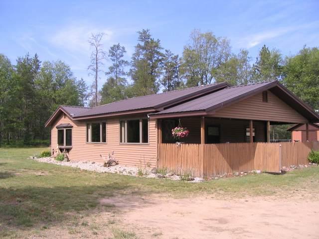 2488 S Horseshoe Trail, Grayling, MI 49738 (MLS #324713) :: CENTURY 21 Northland