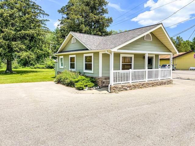 1400 W Houghton Lake Drive, Prudenville, MI 48651 (MLS #201813116) :: CENTURY 21 Northland
