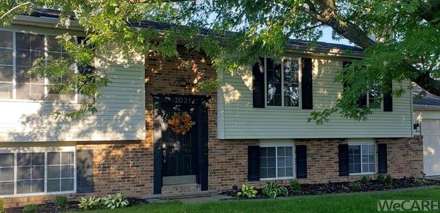 3021 Pecan Ave, Lima, OH 45806 (MLS #202814) :: CCR, Realtors