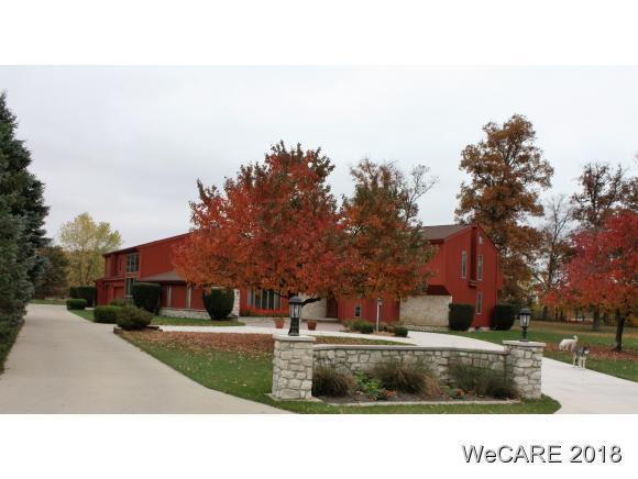 104 Meadowbrook Lane, St. Marys, OH 45885 (MLS #108794) :: Superior PLUS Realtors