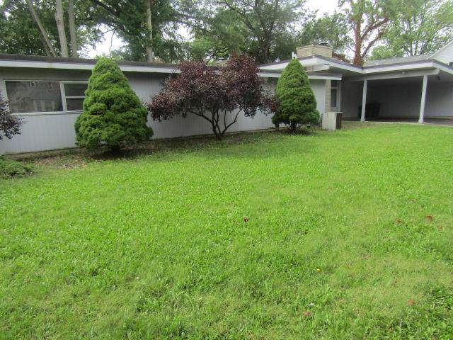 1611 Lowell Ave, Lima, OH 45805 (MLS #200187) :: Superior PLUS Realtors