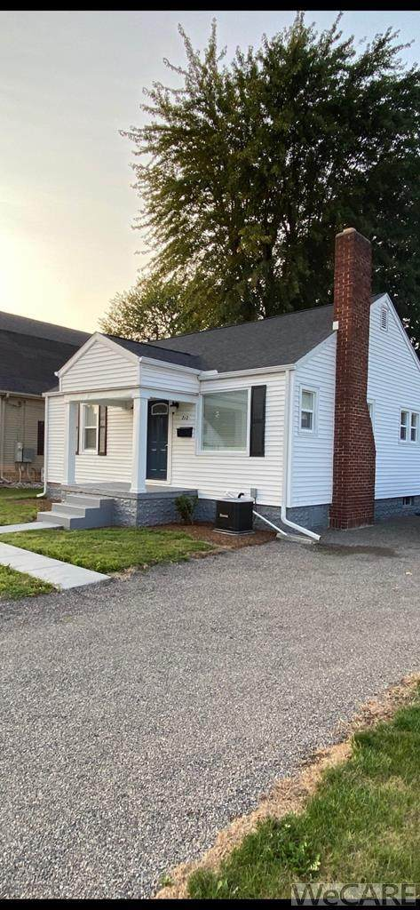 712 East 5th Street, Delphos, OH 45833 (MLS #202729) :: CCR, Realtors