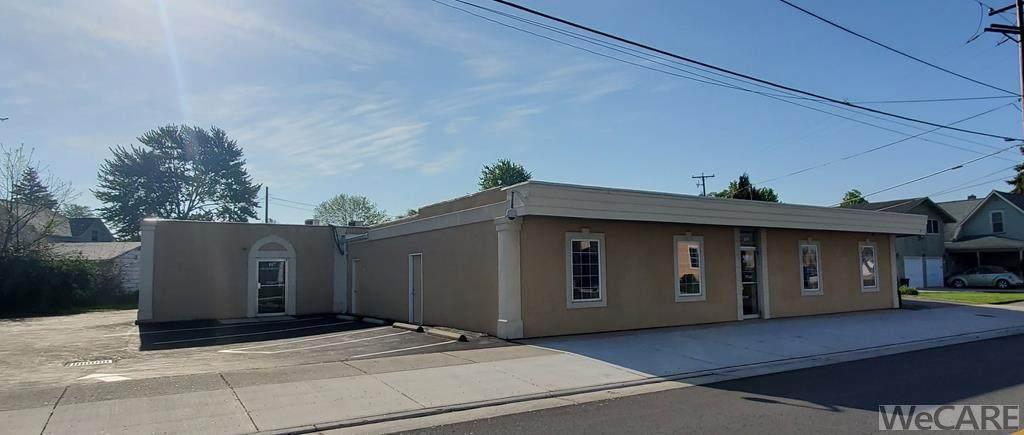 107-109 Greenlawn Ave - Photo 1