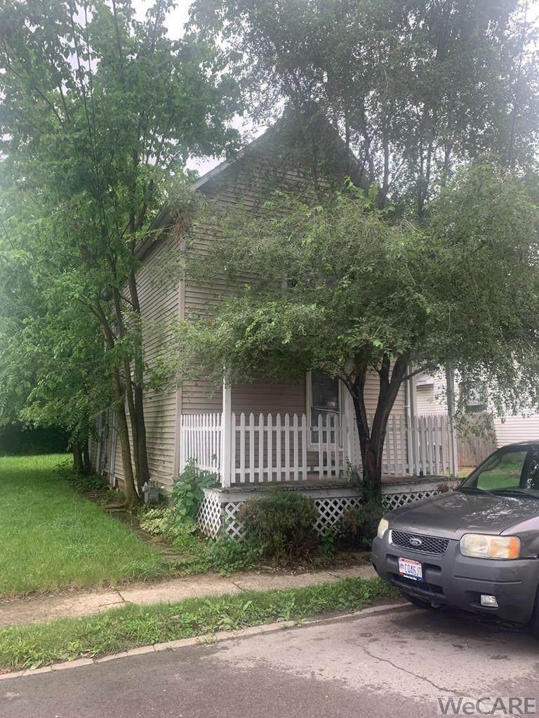 816 Baxter St., N. - Photo 1