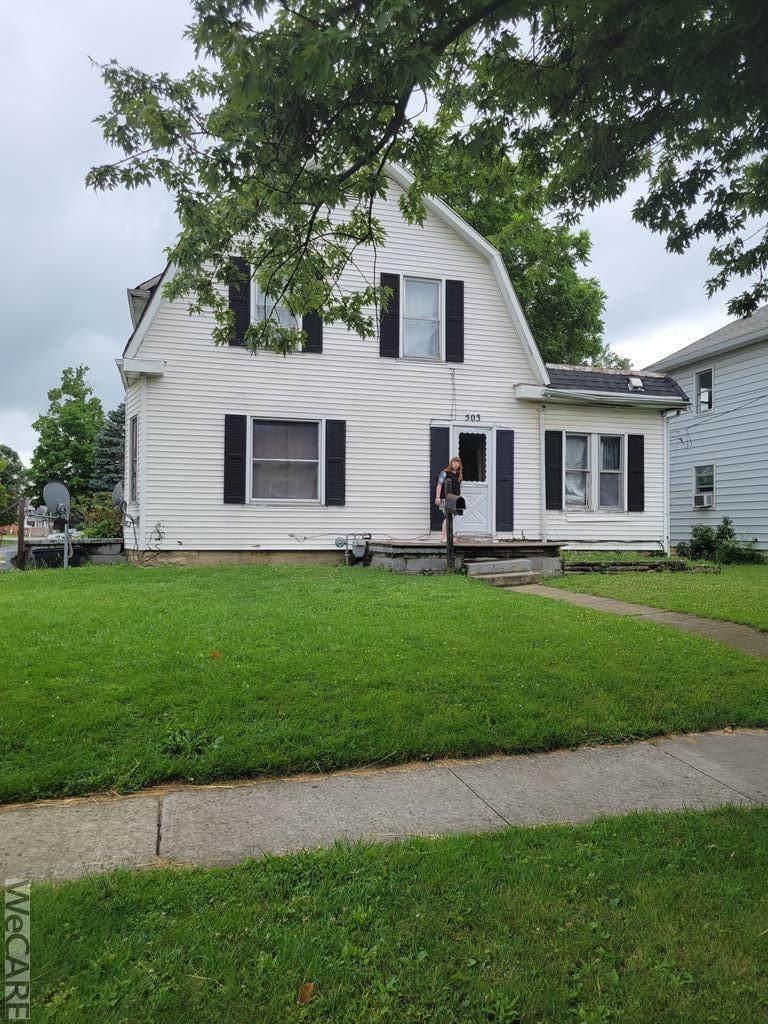 503 Charles St., N. - Photo 1