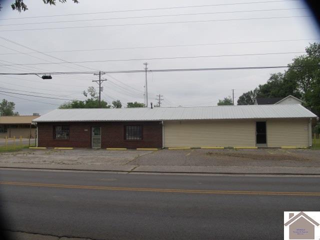 1302 Seventh Street, Hickman, KY 42050 (MLS #102661) :: The Vince Carter Team
