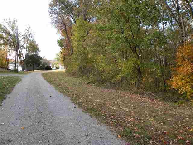 Lots 9,10 @ 11 Indian Hills Trail Road, Eddyville, KY 42038 (MLS #68724) :: The Vince Carter Team
