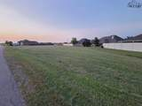 1403 Sioux Lane - Photo 1