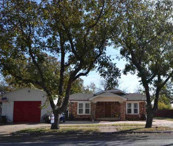 504 S Center Street, Archer City, TX 76351 (MLS #147184) :: WichitaFallsHomeFinder.com