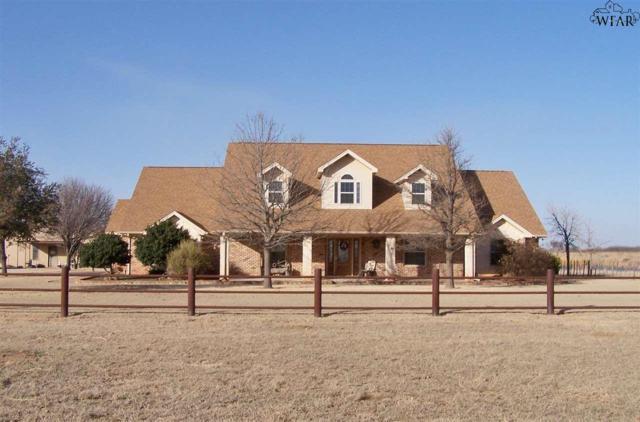 757 Davis Road, Archer City, TX 76351 (MLS #147740) :: WichitaFallsHomeFinder.com