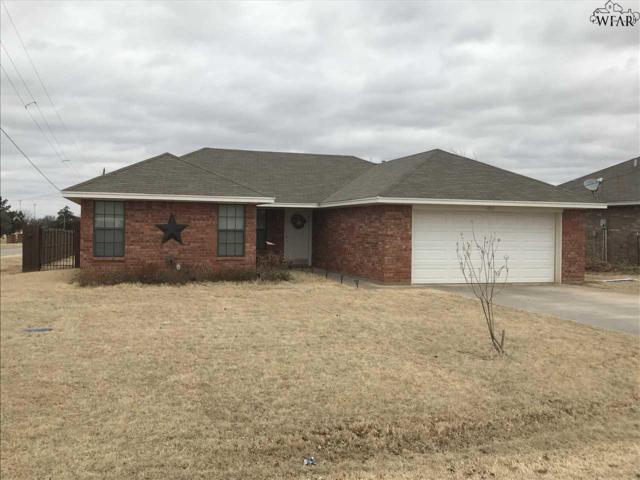 419 W Cottonwood Street, Archer City, TX 76351 (MLS #147745) :: WichitaFallsHomeFinder.com