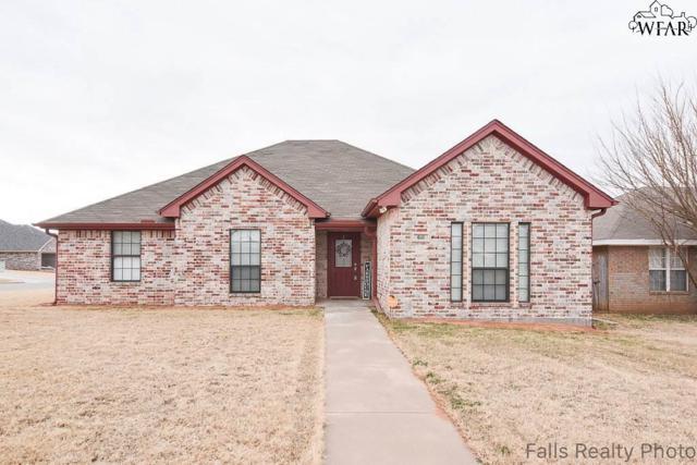 611 E Texas Avenue, Iowa Park, TX 76367 (MLS #147882) :: WichitaFallsHomeFinder.com