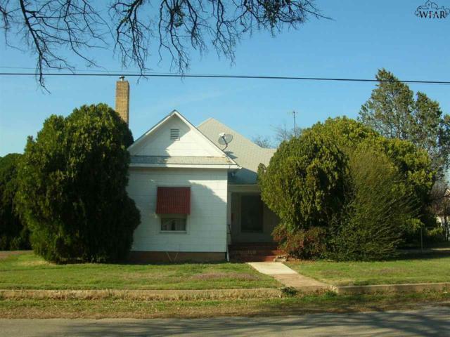 116 W North Street, Henrietta, TX 76365 (MLS #148290) :: WichitaFallsHomeFinder.com