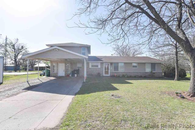 916 E Benton Street, Petrolia, TX 76377 (MLS #148723) :: WichitaFallsHomeFinder.com
