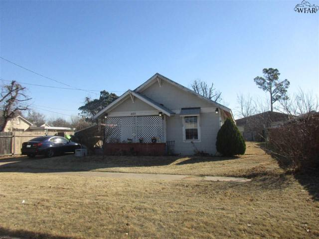 2121 Wheeler Street, Vernon, TX 76384 (MLS #150053) :: WichitaFallsHomeFinder.com