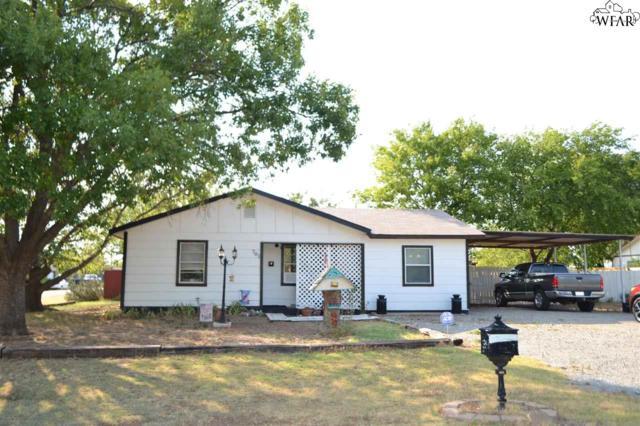 701 N Illinois Street, Electra, TX 76360 (MLS #150117) :: WichitaFallsHomeFinder.com
