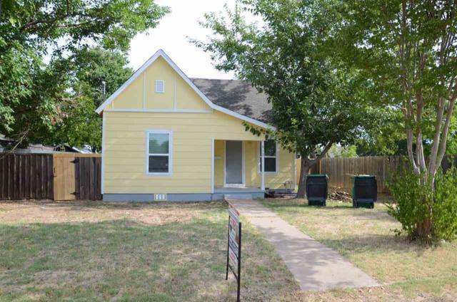 612 E Wichita, Henrietta, TX 76365 (MLS #150135) :: WichitaFallsHomeFinder.com