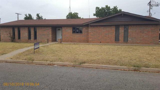 1717 Wanda Drive, Vernon, TX 76384 (MLS #150142) :: WichitaFallsHomeFinder.com