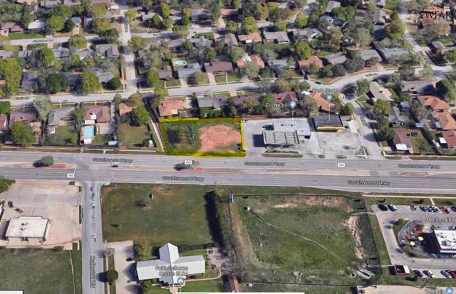 1512 Southwest Parkway, Wichita Falls, TX 76302 (MLS #150525) :: WichitaFallsHomeFinder.com
