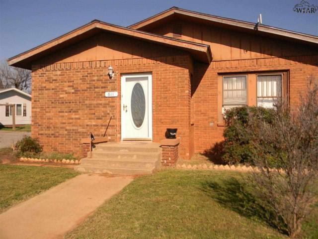 611 S Main Street, Electra, TX 76360 (MLS #150896) :: WichitaFallsHomeFinder.com