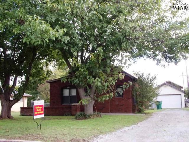 4121 Maple Street, Vernon, TX 76384 (MLS #150945) :: WichitaFallsHomeFinder.com