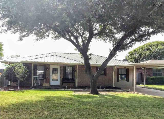 703 W Louisa Avenue, Iowa Park, TX 76367 (MLS #151106) :: WichitaFallsHomeFinder.com
