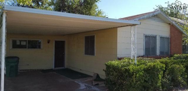 303 E Glisson Avenue, Electra, TX 76360 (MLS #151850) :: WichitaFallsHomeFinder.com