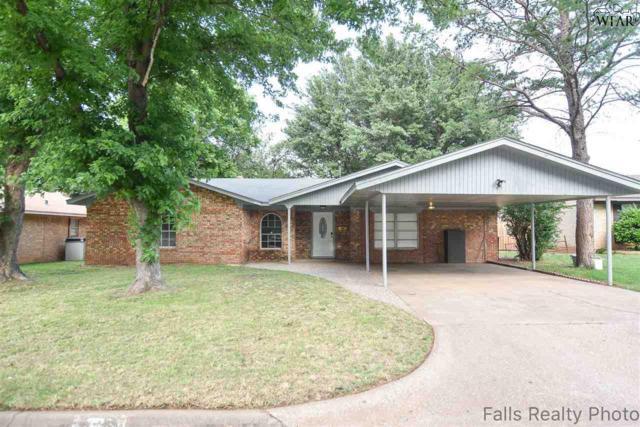725 Gayle Street, Burkburnett, TX 76354 (MLS #153061) :: WichitaFallsHomeFinder.com