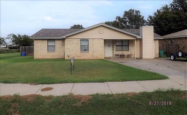 916 N Henrietta Street, Henrietta, TX 76365 (MLS #154148) :: WichitaFallsHomeFinder.com