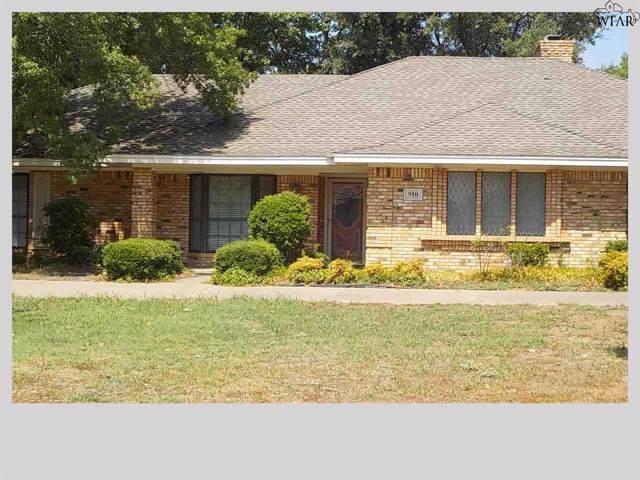 910 Tejas Drive, Burkburnett, TX 76354 (MLS #154183) :: WichitaFallsHomeFinder.com