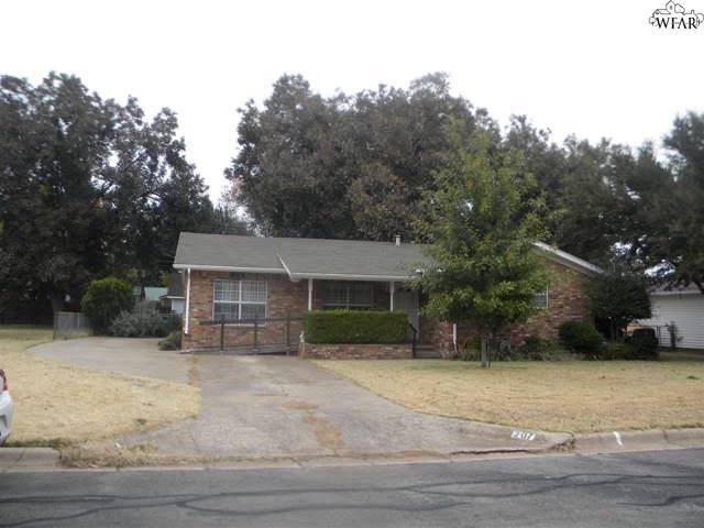 207 Beech Street, Burkburnett, TX 76354 (MLS #154946) :: WichitaFallsHomeFinder.com