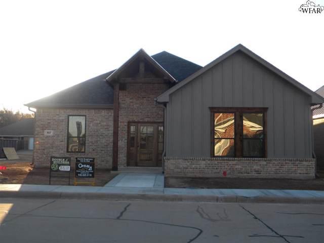 807 Coulter Drive, Burkburnett, TX 76354 (MLS #155095) :: WichitaFallsHomeFinder.com