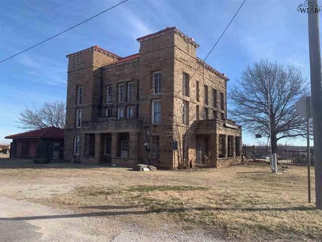 203 N Sycamore Street, Archer City, TX 76351 (MLS #155359) :: WichitaFallsHomeFinder.com