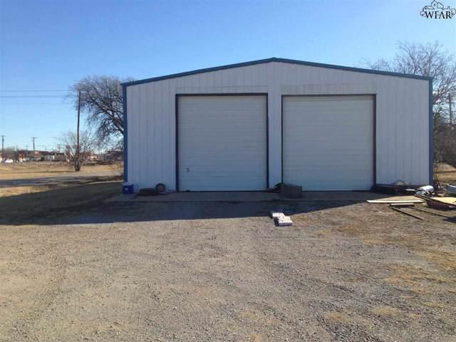 402 W Smith Avenue, Iowa Park, TX 76367 (MLS #155472) :: WichitaFallsHomeFinder.com
