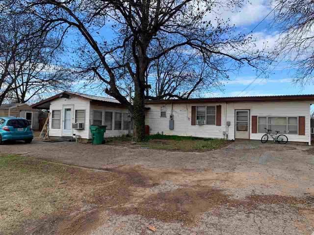 715 1/2 E College Street, Burkburnett, TX 76354 (MLS #155628) :: WichitaFallsHomeFinder.com