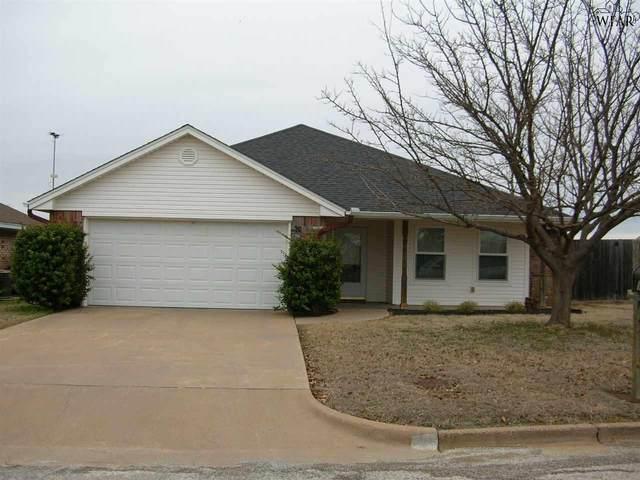 1438 Chuck Wagon Trail, Henrietta, TX 76365 (MLS #155880) :: WichitaFallsHomeFinder.com