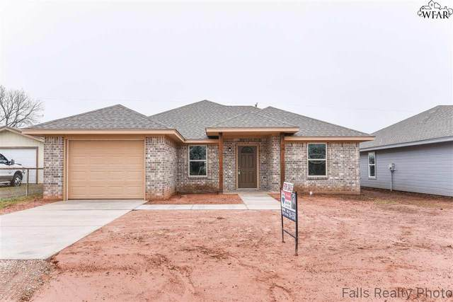 305 S Cedar Street, Holliday, TX 76366 (MLS #156200) :: WichitaFallsHomeFinder.com