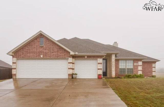 129 Park Place Circle, Iowa Park, TX 76367 (MLS #156205) :: WichitaFallsHomeFinder.com