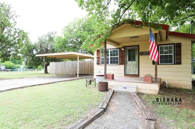 313 S Angelina Avenue, Henrietta, TX 76365 (MLS #156827) :: WichitaFallsHomeFinder.com