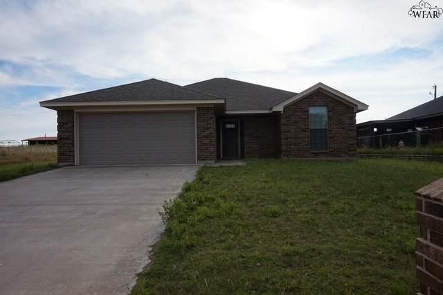 1437 Spur Trail, Henrietta, TX 76365 (MLS #156852) :: WichitaFallsHomeFinder.com