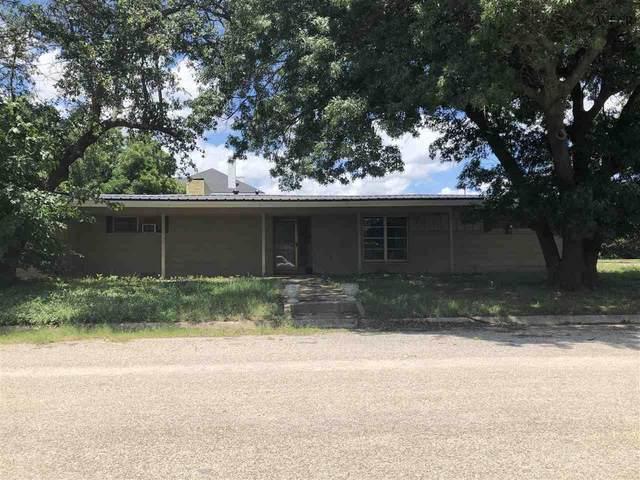 716 E South Drive, Henrietta, TX 76365 (MLS #156881) :: WichitaFallsHomeFinder.com