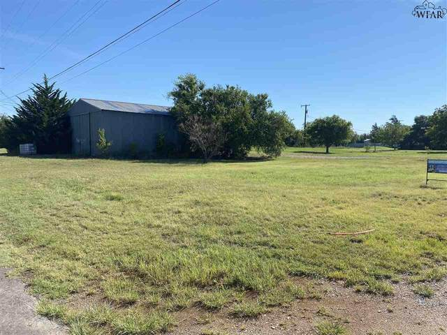 602 E Lafayette Avenue, Iowa Park, TX 76367 (MLS #157131) :: Bishop Realtor Group