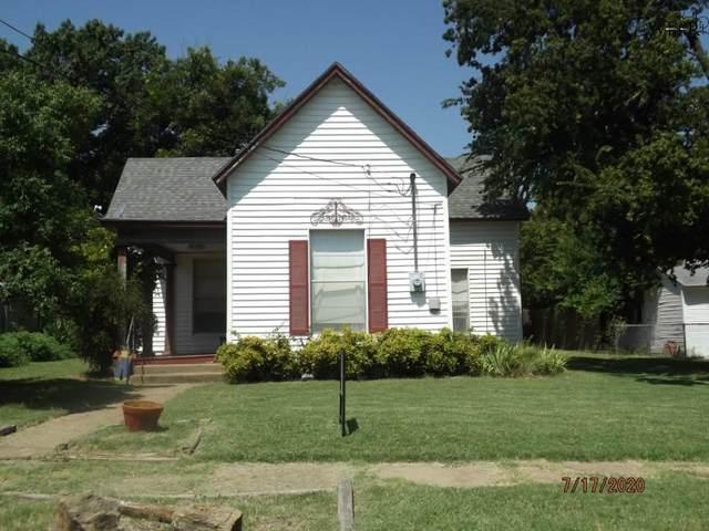 207 N Archer Street, Henrietta, TX 76365 (MLS #157390) :: Bishop Realtor Group