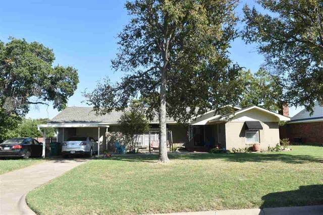 906 S Ash Street, Archer City, TX 76351 (MLS #158356) :: Bishop Realtor Group