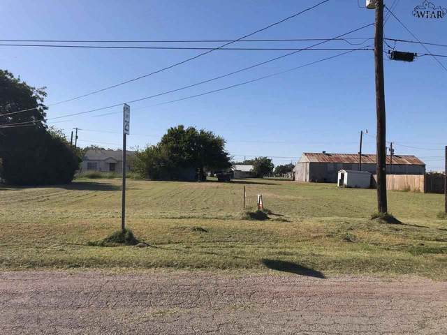 421 N Sycamore Street, Archer City, TX 76351 (MLS #158371) :: Bishop Realtor Group
