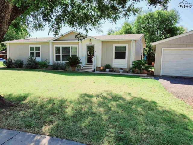 306 W College Street, Burkburnett, TX 76354 (MLS #158447) :: Bishop Realtor Group